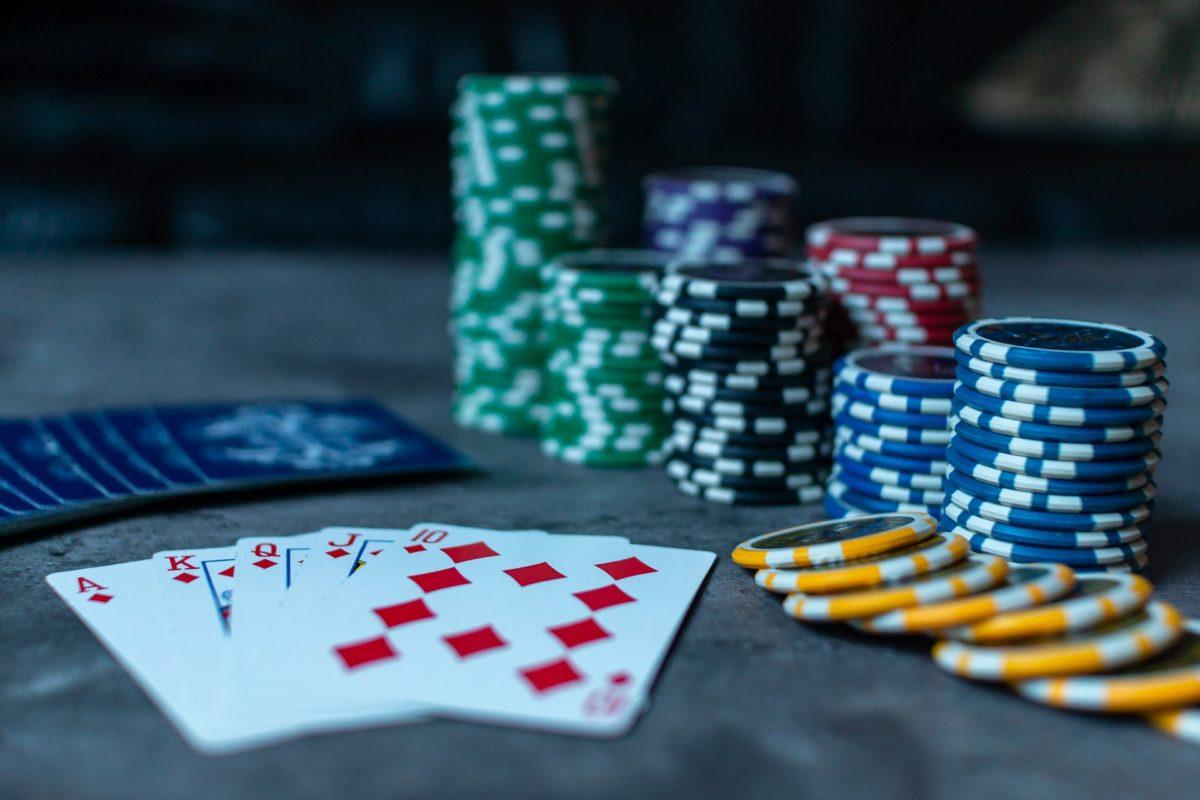 8 Prasangka yang Membuat anda Buruk dalam Judi Poker