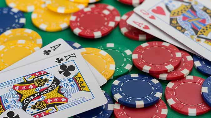 10 Kartu Terbaik untuk Dimainkan dalam Judi Poker